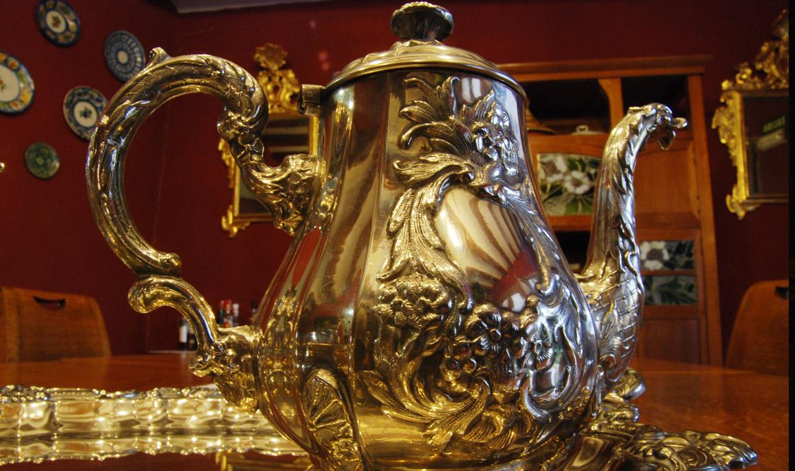 Detalle de decoración: Juego de té